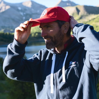 Michka, one of our director of photography (and what an athlete!) wearing his favourite outfit during our expedition in the Massif des Écrins👌