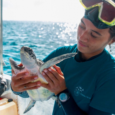Did you know that we give back 10% of your purchases to actions working towards protecting biodiversity? The Explorers Foundation, our endowment fund, supports 6 NGOs leading concrete field actions for the protection of endangered species: • sea turtles in French Polynesia • lemurs in Madagascar • scarlet macaws in Honduras • American crocodiles in Jamaica • humpback whales in French Polynesia • radiated tortoises in MadagascarFor every purchase, 10% is donated to the action of your choice 😊 Check our link in bio for all the details!